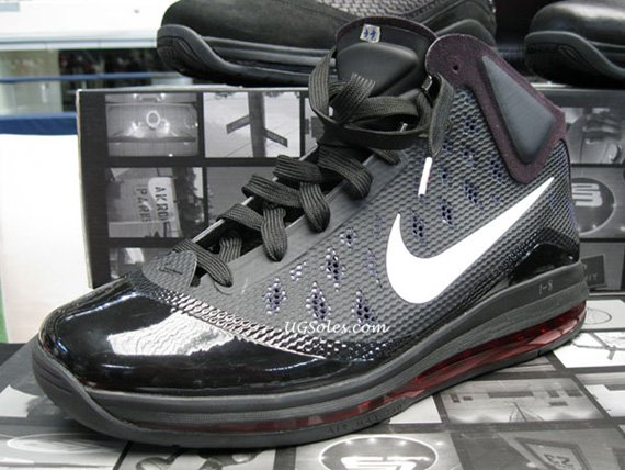 Nike-Air-Max-LeBron-VII-(7)-Hyperfuse-Sample-02