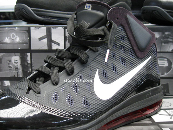 Nike-Air-Max-LeBron-VII-(7)-Hyperfuse-Sample-01