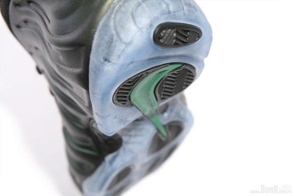 Nike-Air-Foamposite-Pro-'Dark-Pine'-06