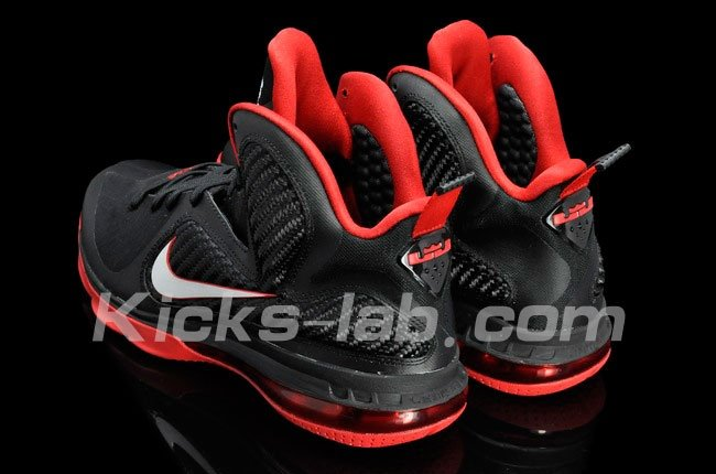 nike-lebron-9-more-images-9