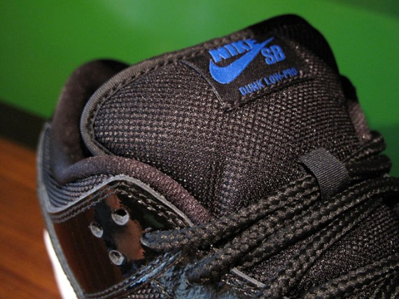 Nike-SB-Dunk-Low-'Space-Jam'-New-Images-02
