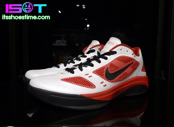 Nike Zoom Hyperfuse 2011 Low White Sport Red-Black