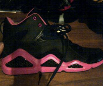 Reebok Womens Kamikaze III Black Pink