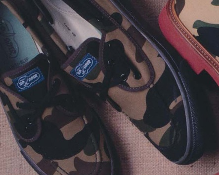A Bathing Ape x Sperry Top-Sider Seamate