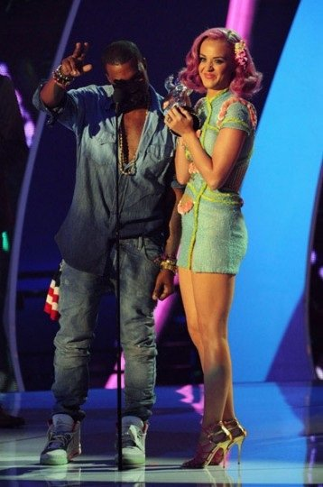 Kanye West Performs at VMA in Nike Air Yeezy 2 - More Images