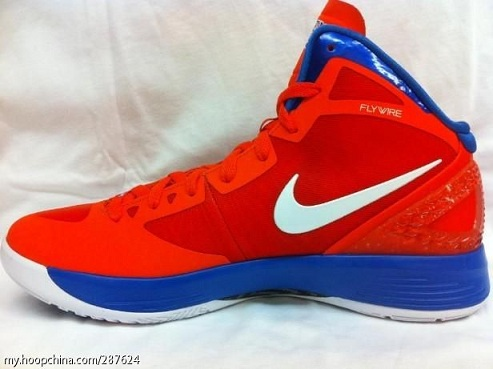 "Nike Hyperdunk 2011 ""Battle of the Boroughs"" Queens - New Images"