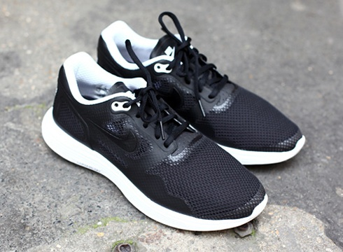 Nike Lunar Flow TZ - Black/White