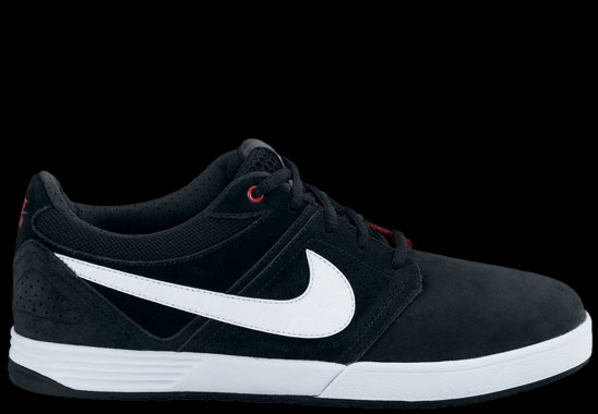 Nike-SB-August-Line-Up-02