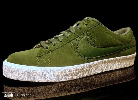 Nike SB Blazer Low - Green Suede