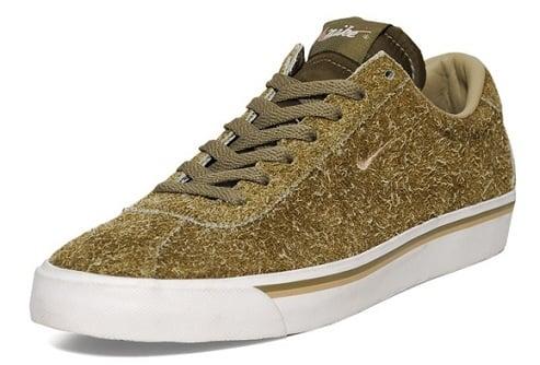 "Nike Zoom Match Classic ""Iguana Suede"""