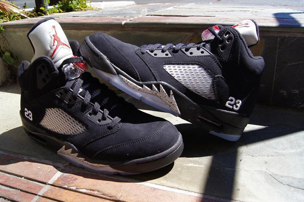 wholesale dealer 56fc6 26fdd Release-Reminder-Air-Jordan-V-5-Retro-Black-
