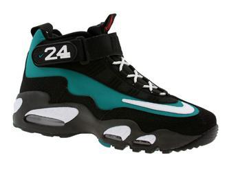 Release-Reminder-Nike-Air-Griffey-Max-1-Black -White -Fresh-Water-Varsity-Red