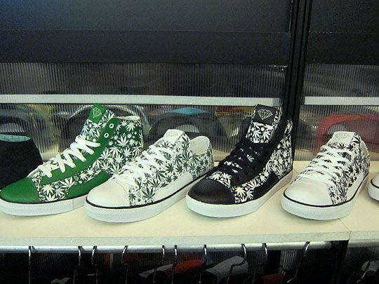 curreny-x-diamond-supply-co-footwear-spring-2012-2