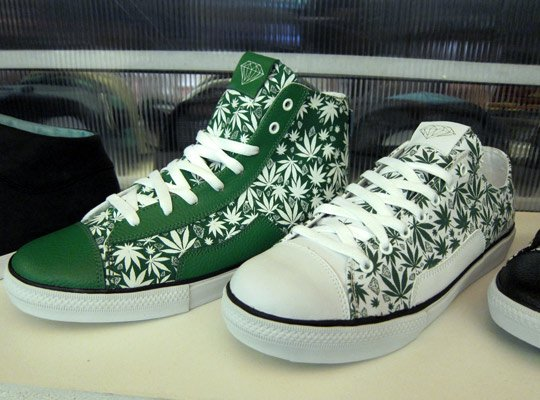 curreny-x-diamond-supply-co-footwear-spring-2012-3