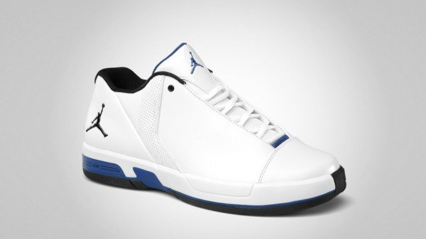 jordan-te-3-low-whitevarsity-royal-black-2