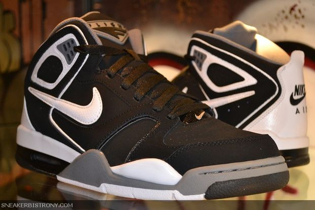 nike-air-flight-falcon-blackgrey-white-1
