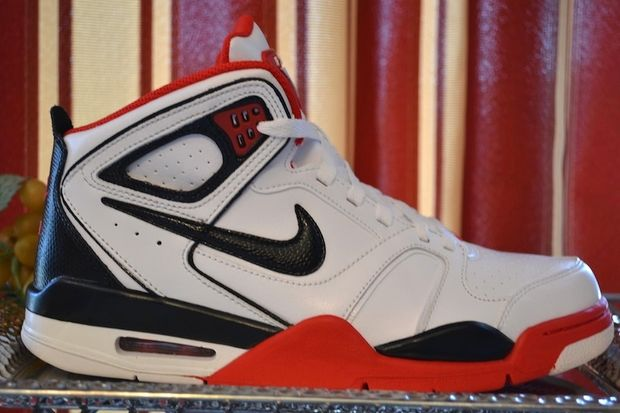 nike-air-flight-falcon-whiteblack-sport-red-1