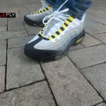 nike-air-max-95-cool-grayneut-black-varsity-maize-more-images-2