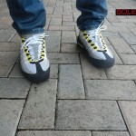 nike-air-max-95-cool-grayneut-black-varsity-maize-more-images-5