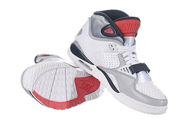 nike-air-trainer-sc-ii-whitenavy-wolf-gray-infrared-2