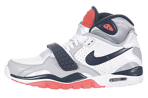 nike-air-trainer-sc-ii-whitenavy-wolf-gray-infrared-4
