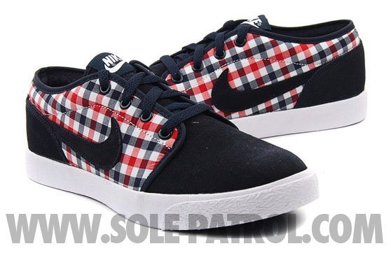 nike-coast-classic-canvas-1