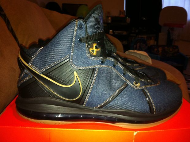 nike-lebron-8-denim-new-images-1
