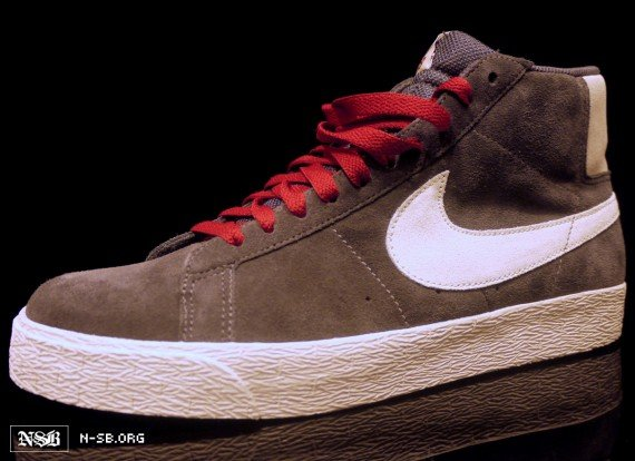 nike-sb-blazer-high-greywhite-red-2