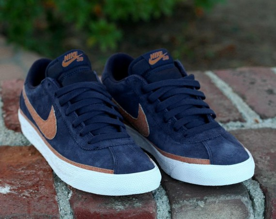 Nike-SB-Zoom-Bruin-Binary-Blue-Ginger-White-03