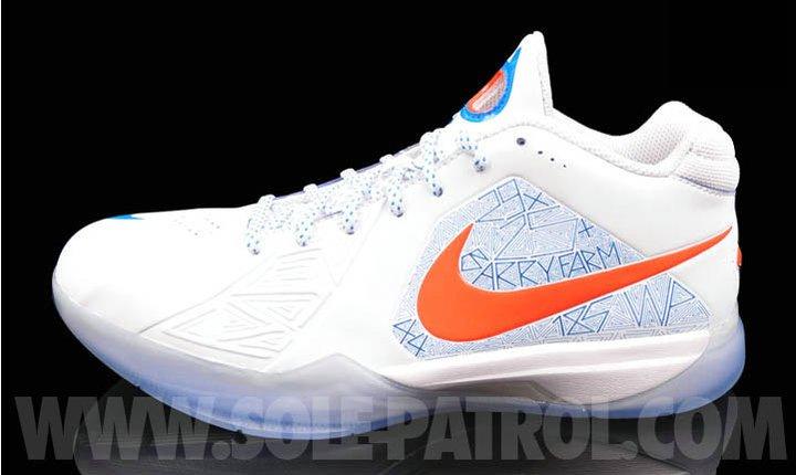 Nike Zoom KD III 'Scoring Title' - More Images | SneakerFiles  Nike Zoom KD II...