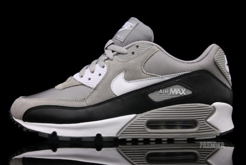 Nike Air Max 90 - Medium Grey - Available Now