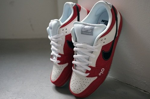 """Made For Skate x Nike SB Dunk Low """"Roller Derby"""""""