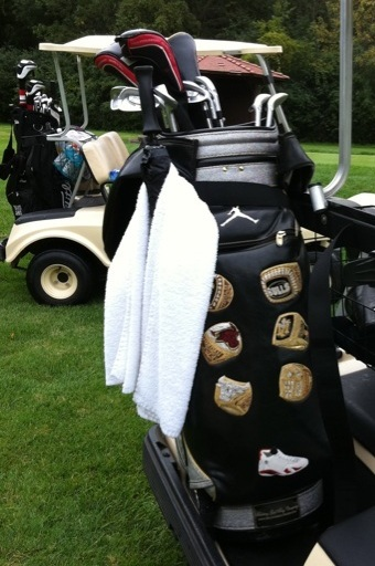 Michael-Jordan's-Six-Rings-Golf-Bag