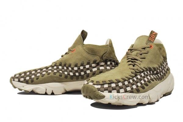 "Nike Air Footscape Woven Chukka ""80S"""