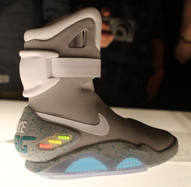 Nike-Air-Mag-Detailed-Images-2