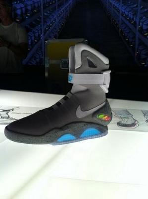 Nike-Air-Mag-Detailed-Images-1