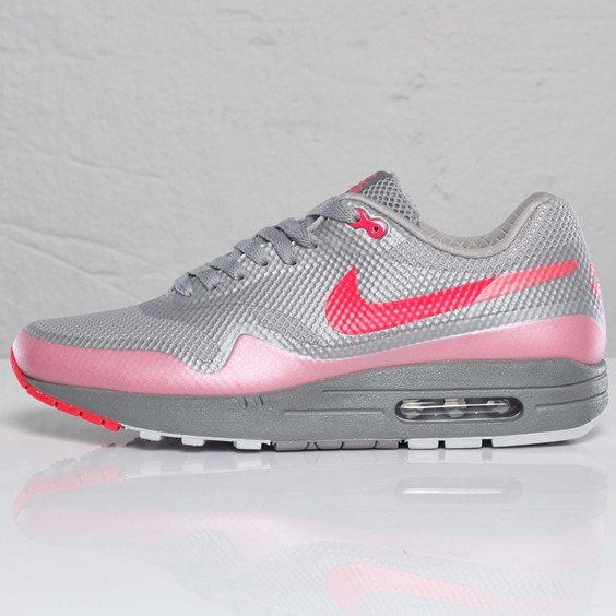 2a4457e2ce Nike Air Max 1 Hyperfuse