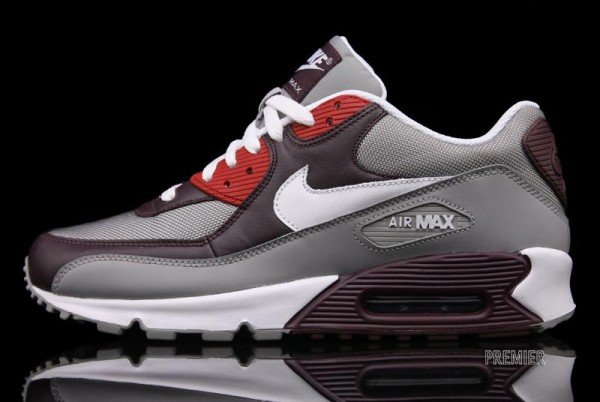 Nike Air Max 90 - Team Red - Available Now