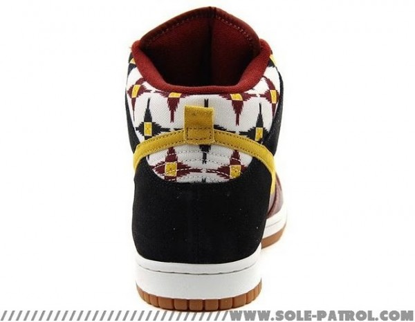 "Nike Dunk High ""Aztec"" - Fall 2011"