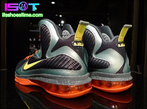 "Nike LeBron 9 ""Cannon"" - New Images"