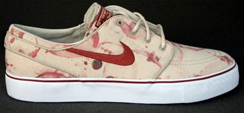 "Nike SB Zoom Stefan Janoski ""Blood Splatter"" - October Release Month"