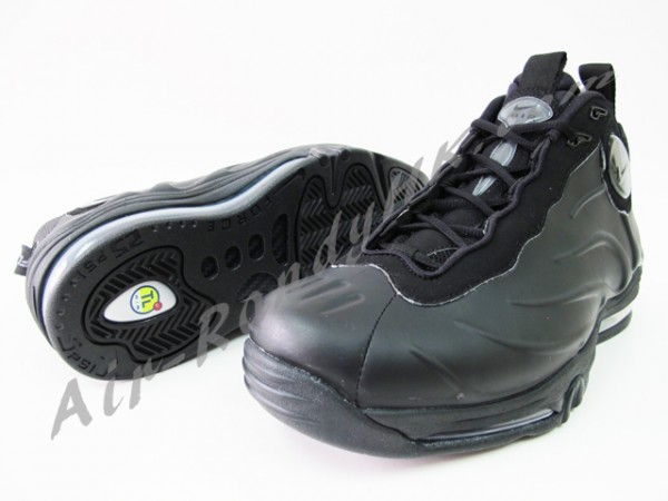 Nike Total Foamposite Max - Black/Anthracite - New Images
