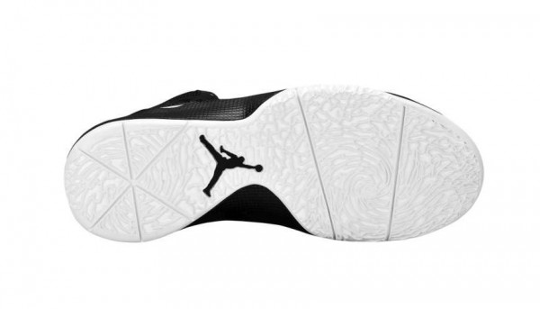 air-jordan-2011-a-flight-whiteblack-available-2