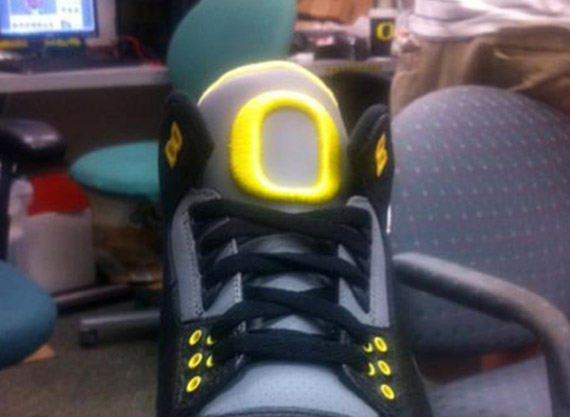 Air Jordan III (3) - Oregon Ducks