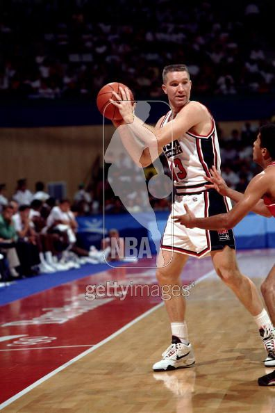 Chris Mullin looking for an Open Man 1992 Olympic