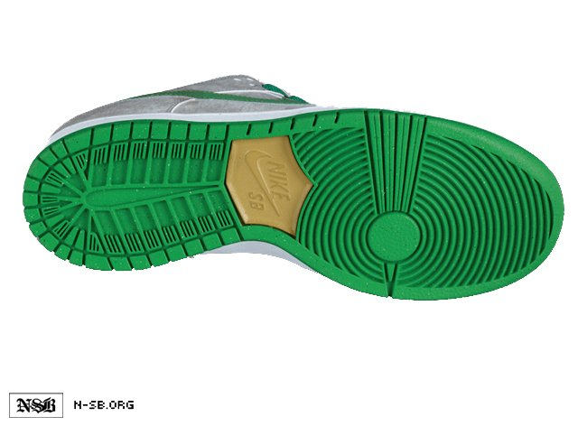 nike-sb-dunk-low-matte-silvergreen-summer-2012-3