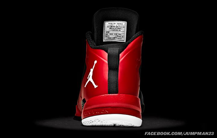 Jordan-Fly-Wade-2-Officially-Unveiled-11