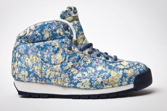 Liberty x Nike Air Approach - First Look