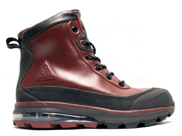 11e00568f975 OFFICIAL  NIKE AIR MAX CONQUER ACG BOOTS (fall 2011)