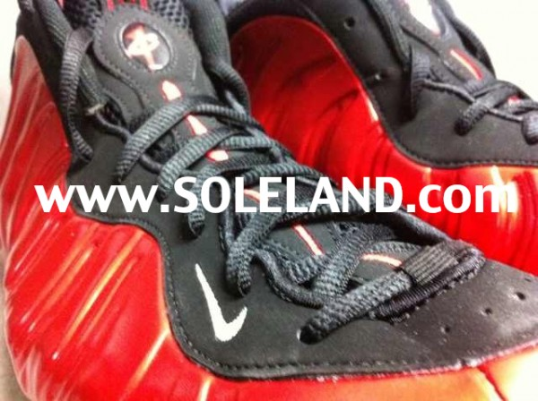 Nike-Air-Foamposite-One-Metallic-Red-Black-2